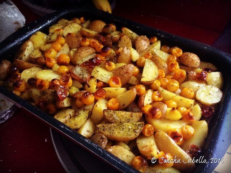 Patatas Asadas con Tomates Cherrys Amarillos y Chalotas 2