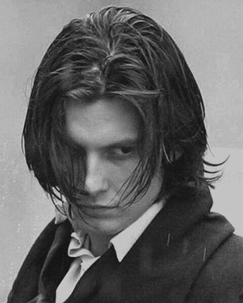 "the picture of dorian grey character ""the picture of dorian gray"" tells the story of dorian, a handsome young man a famous painter basil hallward, attracted by his beauty, decides to make him a."
