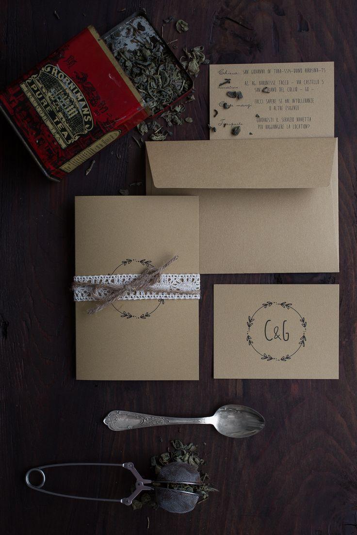 suite tipografica di matrimonio in carta kraft comprendente partecipazione, invito e cartolina r.s.v.p.! #weddingstationery #partecipazioni #weddinginvite #tipografiamatrimonio