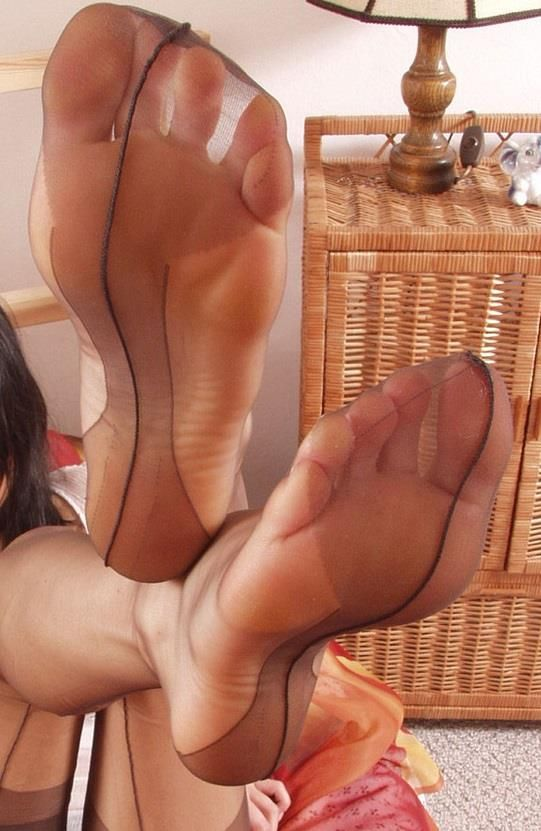 Reinforced heel toe stocking footjob