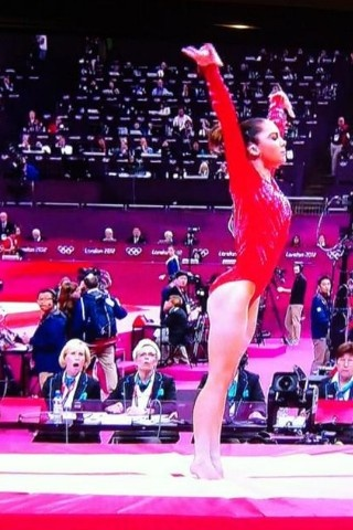 McKayla Maroney, preforms a perfect vault, gets deductions for making the judges jaws drop