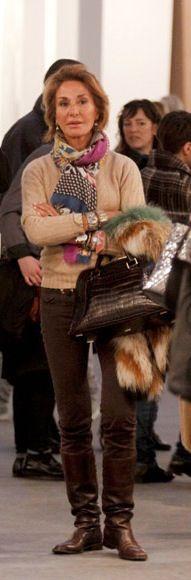 Spanish socialite.Nati Abascal *** So love this casual look.....