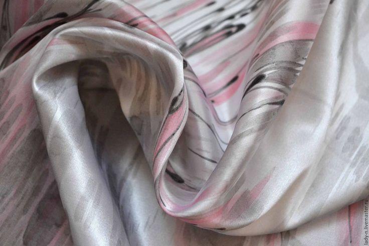 """Купить Платок """"Каллиграфия дождя"""", батик - серый, абстрактный, розовый, черный, дождь, абстракция, графика"""