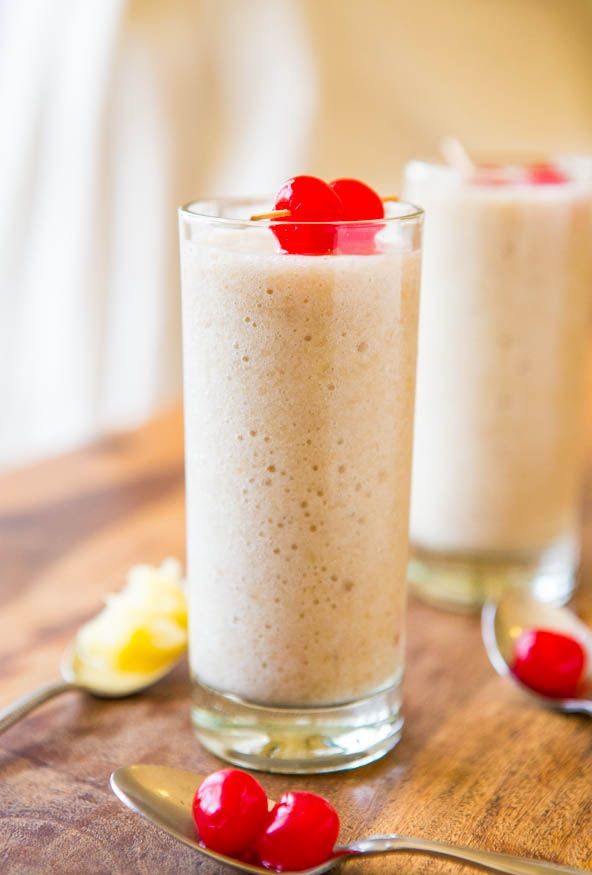 Skinny Pina Colada Smoothie (vegan, gluten-free) - Under 100 calories, fast, easy and tastes just like the real thing!