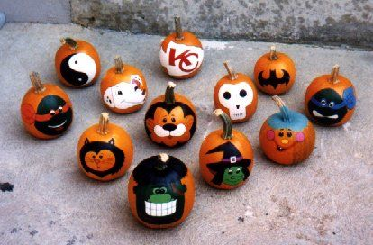 17 best images about painting pumpkins on pinterest for Glow in the dark paint for real pumpkins
