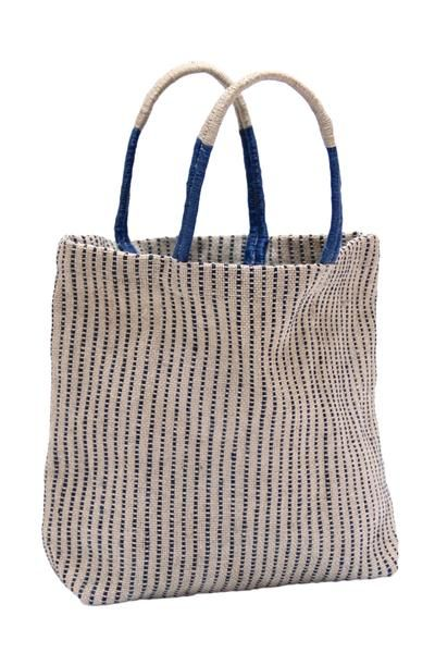 Stylish, durable and 100% earth friendly, our jute shopping bags have been handwoven by women working within a Fair Trade program in Bangladesh. These talented women combine traditional weaving styles
