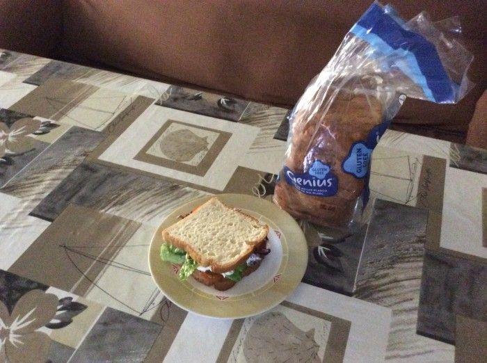 Los pequeños gestos son los que cuentan :) - Sandwich #GeniusSinGluten de Angeles Diaz Baena.