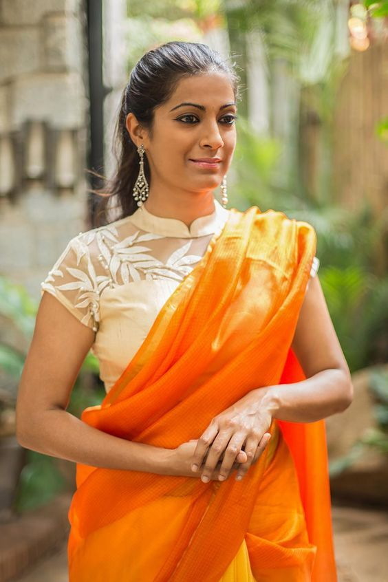 4e845fa8845ccc 11 Chic Contrast Blouse Ideas For Orange Sarees | Blouse Designs ...