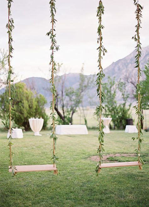 Swings for an outdoor wedding, such a fun idea!