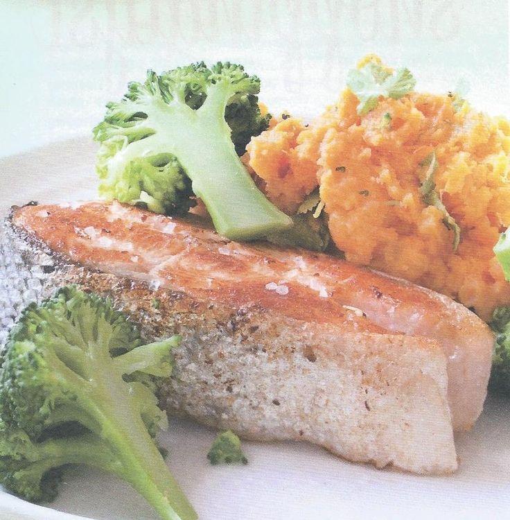 Puree van zoete aardappel met gegrilde zalm en broccoli – Receptenboetiek