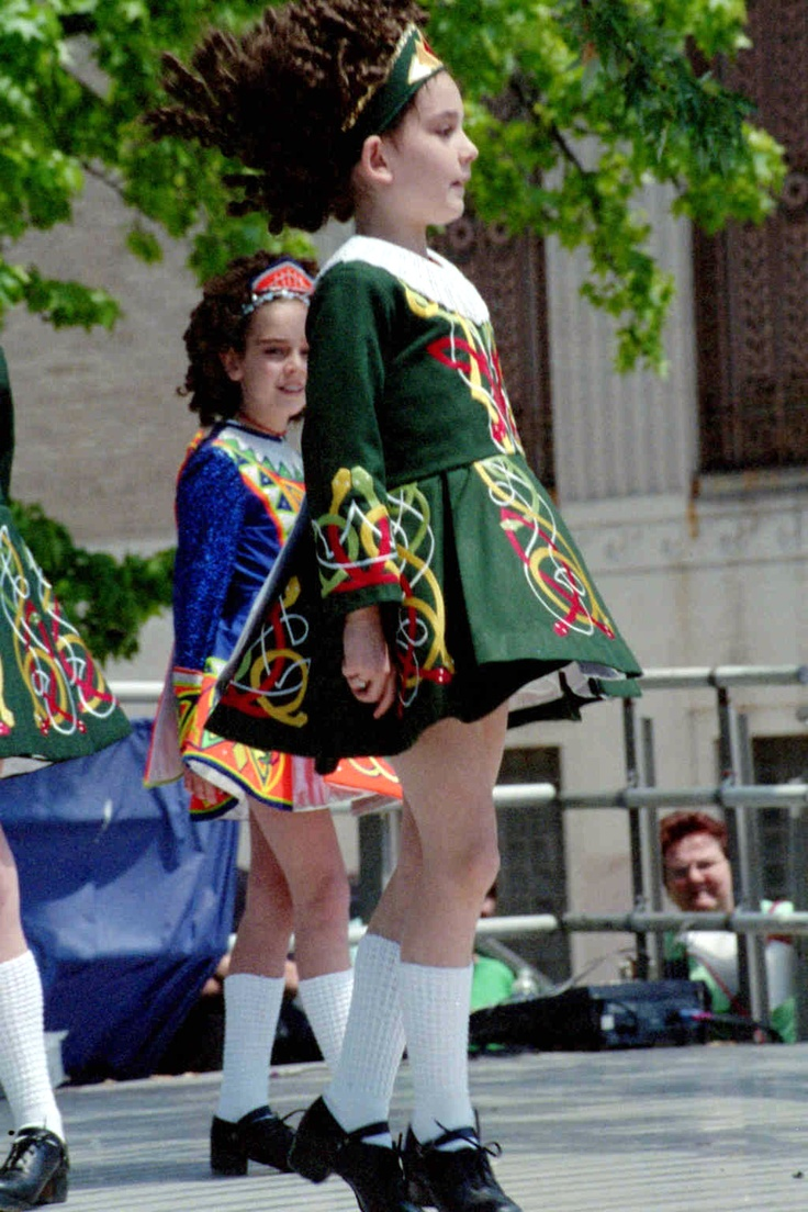 Lil Irish dancers. So cute. Saw many young dancers in Killarney when we were there in '95