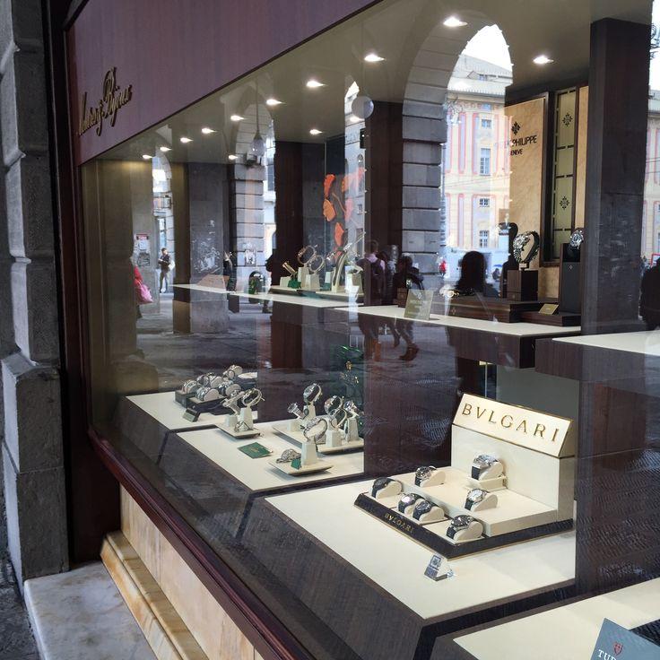 Progettazione nuovi interni della Gioielleria Montres & Bijoux a Genova