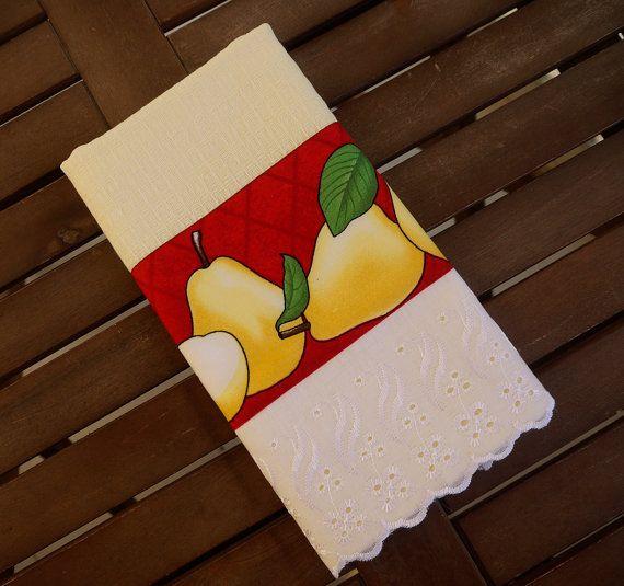 Light yellow tea towel / Kitchen hand towel / by AtelieDaRussa