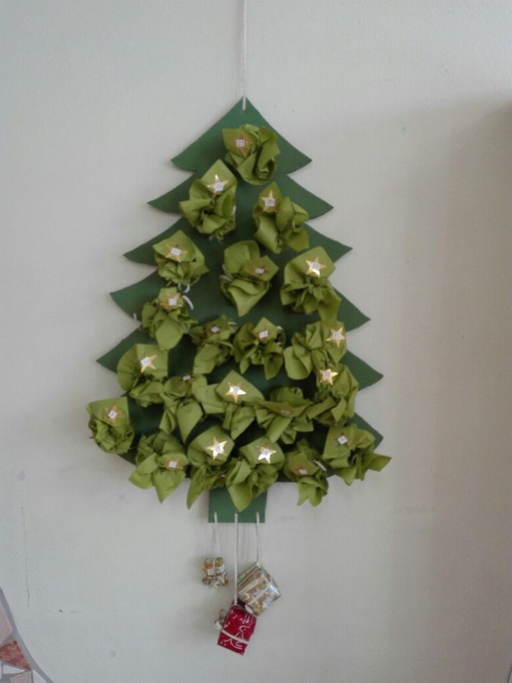 25+ parasta ideaa Pinterestissä Servietten Grün Weihnachts - weihnachtsservietten falten