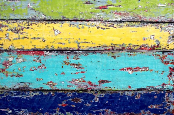 How to, Chippy Paint finish AKA Boat wood look with Chalk and Clay paint | Debis Design Diary