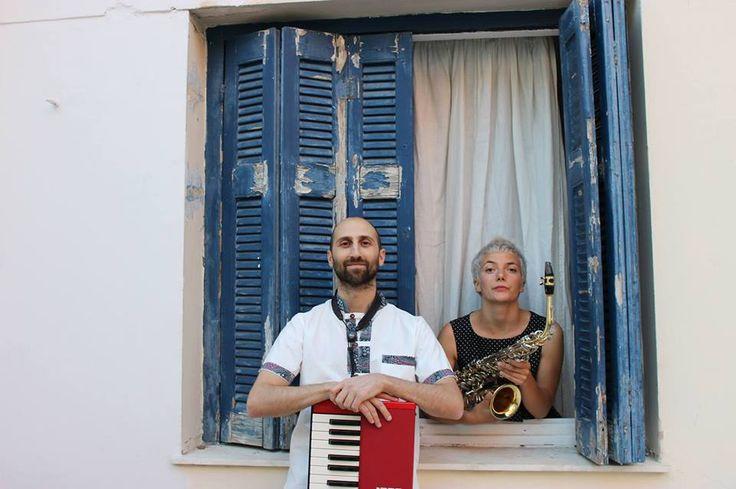 O Alegros και η Fotini καταλαμβάνουν το stage του Old City Co για μία μουσική βραδιά με σαξόφωνο, πιάνο και φωνές σε ελεύθερες διασκευές από το ρεμπέτικο μέχρι τα blues της Ν. Ορλεάνης, καθώς και σε προσωπικές δημιουργίες...!!! Πέμπτη, 11 Ιουνίου στις 9:30 μ.μ