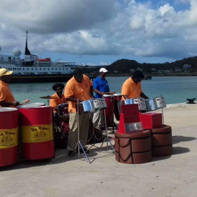 ��Sounds of Caribe.������Sons do Caribe.#music #musica #sounds #caribbeanmusic #caribbeansea #caribe #antigua #beachlife #sailing #cruising #cruceros #blogspot #blogger #travel #traveltips #voyager #viaggiare #wanderlust http://tipsrazzi.com/ipost/1503197333154906241/?code=BTcbgKeA0CB