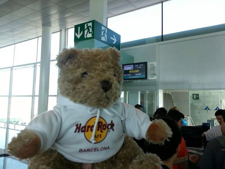 Jordi Rocks is at the airport today, ready to start his next adventure!!
