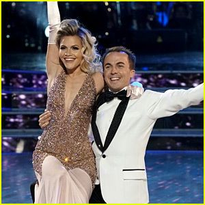 Frankie Muniz Wins Us Over with 'DWTS' Finale Dances (Video)