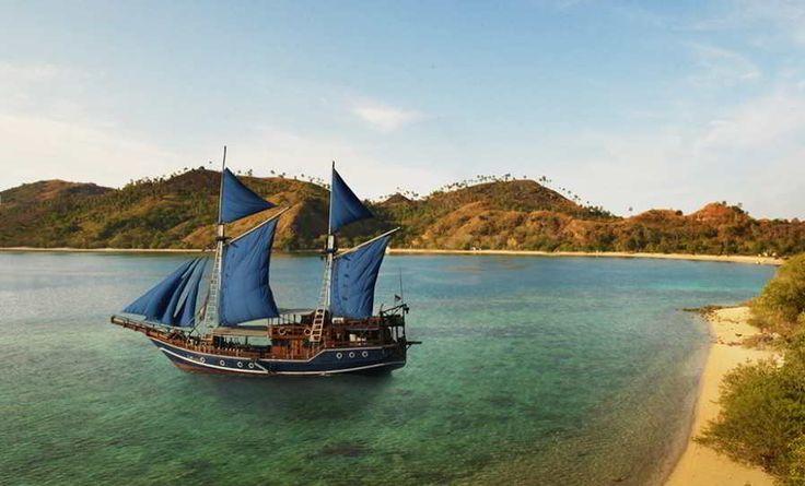 Dian Megantara Visual Branding - Hotelier Indonesia Iklan