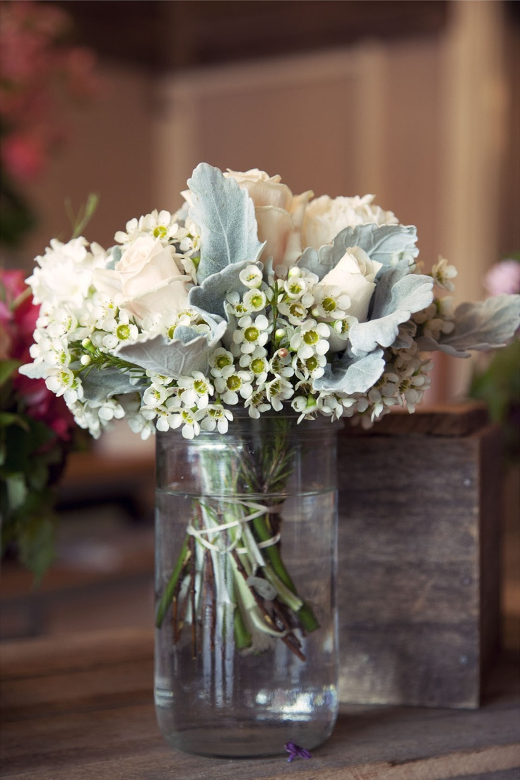 Thank you toJaclyn Roma Floral Design at Ivanhoe for letting us photograph your shop yesterday!