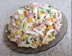 Вкусный салат с капустой, огурцами и копченной колбасой Тонко нашинковать…