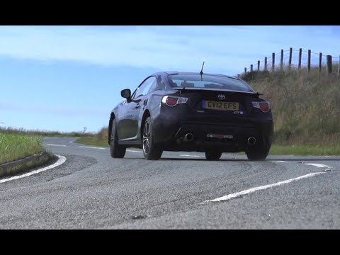 Toyota GT86 / Scion FR-S v Nissan 370Z v Used Porsche Cayman S - [Chris Harris on Cars]