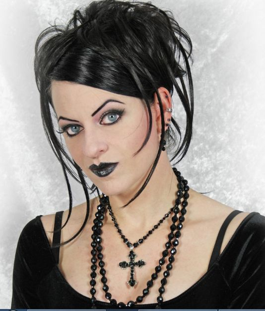 unique gothic hairstyles ideas