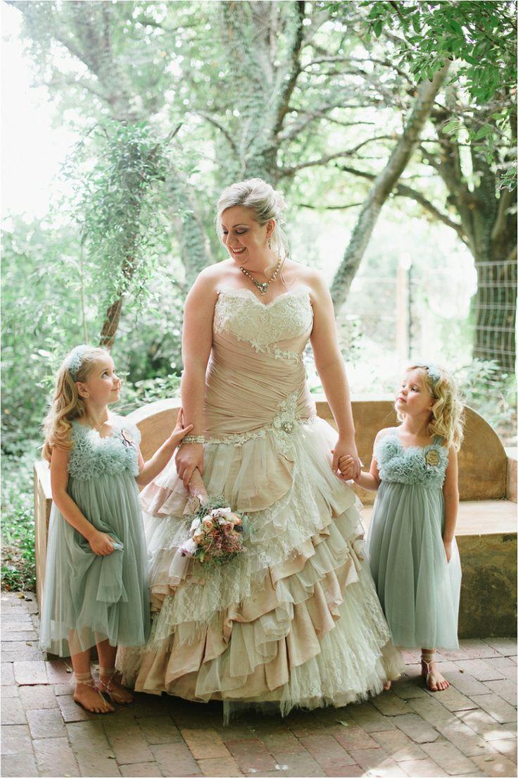 Simone Franzel_wedding_Nico&Nicolette_0046 Wedding dress by Immagika Flower girl dresses by Silwerswallow