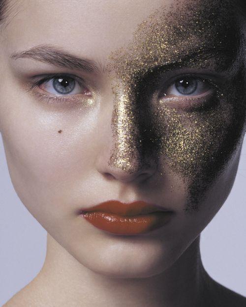 gold // AMARILO