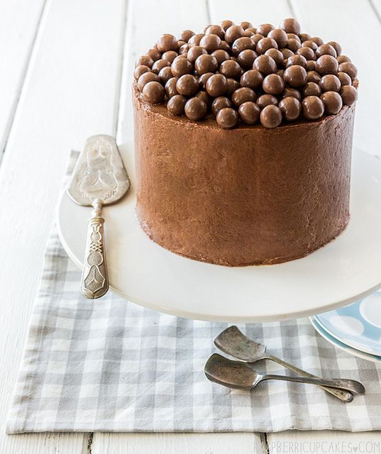... chocolate mousse layer cake ...