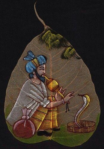 Buy exclusive handmade indian leaf paintings on www.peepleaf.com