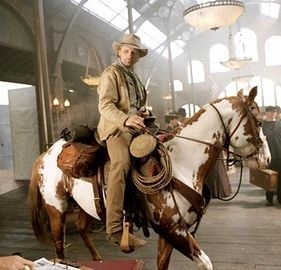 Hidalgo LOVE this movie! Such a beautiful horse. AND my favorite breed- Mustang.