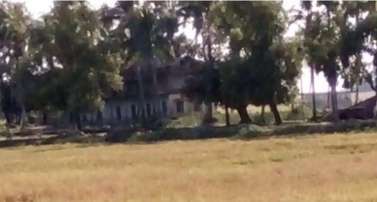 Sebuah madrasah di selatan Maungdaw dibakar  ARAKAN (Arrahmah.com) - Sebuah madrasah tua dilaporkan telah dibakar oleh tentara militer Myanmar di Nurulla para selatan kota Maungdaw Arakan (Rakhine) Myanmar (Burma) pada Sabtu (26/11/2016) menurut laporan koresponden Arakan Times (AT).  Menurut sejarah Rohingya madarasah tersebut telah dibangun sejak hampir dua ratus tahun yang lalu yang telah menjadi tempat bagi ratusan pelajar Muslim Rohingya menimba ilmu.  Warga desa mengatakan kepada…