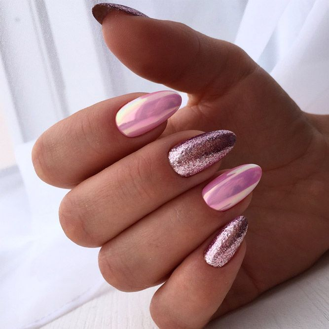 24 Cute Designs For Oval Nails To Rock Anywhere Oval Nails Oval Nails Designs Nail Designs Glitter