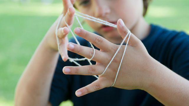 Droitier ou gaucher: de l'importance de la latéralité chez l'enfant