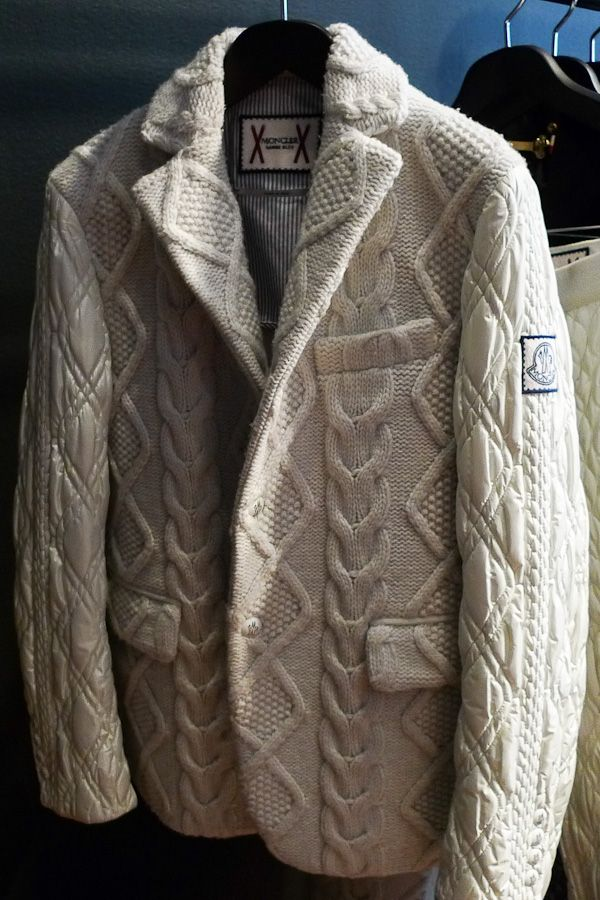 boozybourgie:  downeastandout:  MGB Cable Knit Down Blazer  I want it for skiing