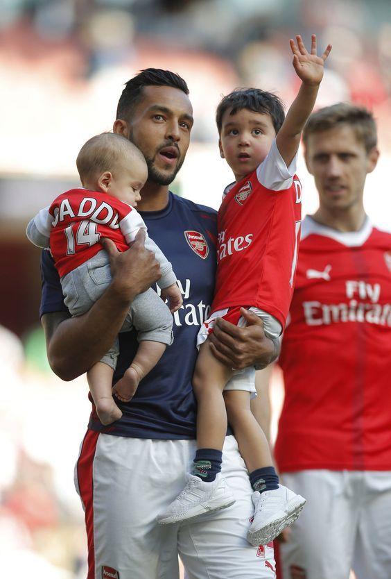 Theo Walcott #FinleyWalcott #Arsenal #familytime #WeAreTheArsenal  #COYG  #PremierLeague >>May 21, 2017