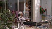Niedziela 13 i 20 marca o godz. 12.00 projekcja filmu dokumentalnego FAMILY BUSINESS (niemiecki i polski głos/ niem. napisy) https://www.facebook.com/komisjabezstronna/posts/866347626807138   Christiane Büchner postanowiła przedstawić masowy fenomen: Polka na robotach w Niemczech wymuszonych przez antypolską politykę po Magdalence i tzw. okrągłym stole. 93 min. z udziałem prawdziwych postaci: Jowita Sobolak, Anne Pacht - kliknij, obejrzyj trailer…