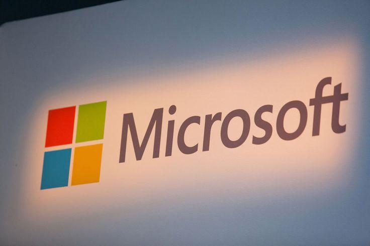 Microsoft's New Director Plans to Seek Windows-Sales Redo