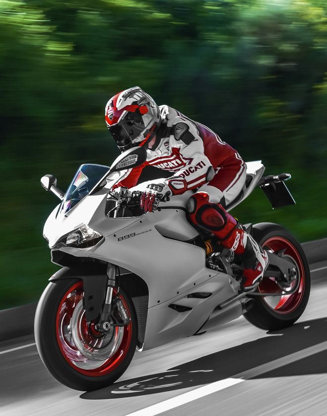 The 2014 Ducati Superbike 899 Panigale