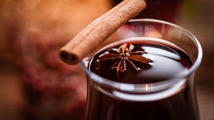 Vin brulè ricetta originale con ingredienti e dosi, vin brulè con cannella anice