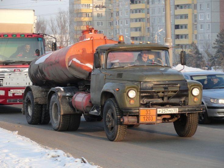 ZIL tanker truck