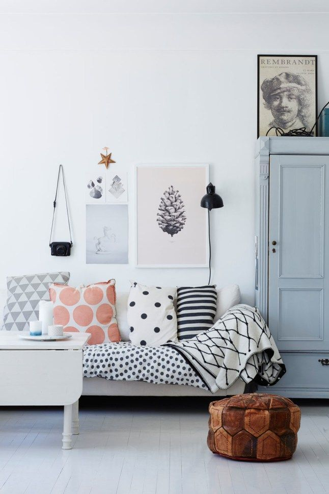 Mix and match pillows. Any easy way to reuse fabric from your stash to match your new home