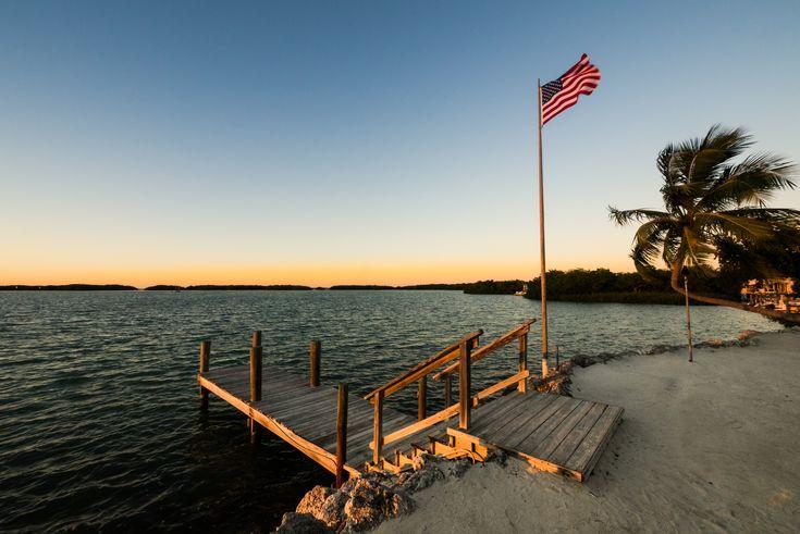 Photo de Floride ponton drapeau USA coucher de soleil