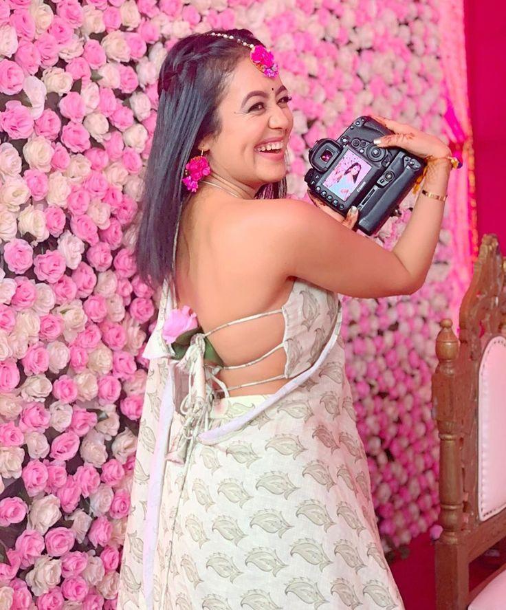 Pin by Sanya Tanwir on Engagement/Wedding Pics Wedding