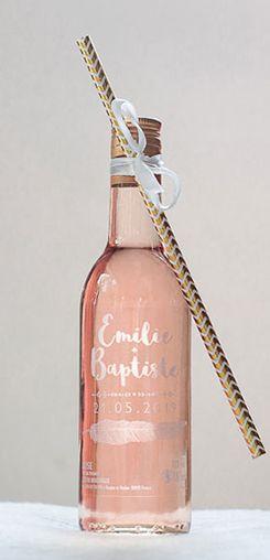 Mignonnette de rosé personnalisée mariage - modèle plume #cadeaux #invités #vin #honneur