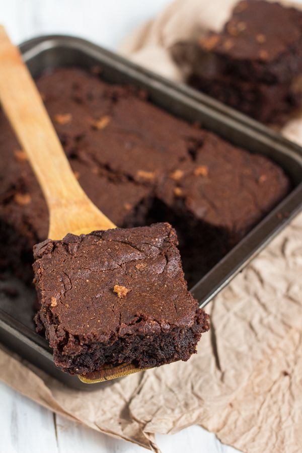 The flourless vegan gingerbread brownies are fudgy, cakey and sweet without being overpowering. They're also the perfect blend of spicy and sweet.
