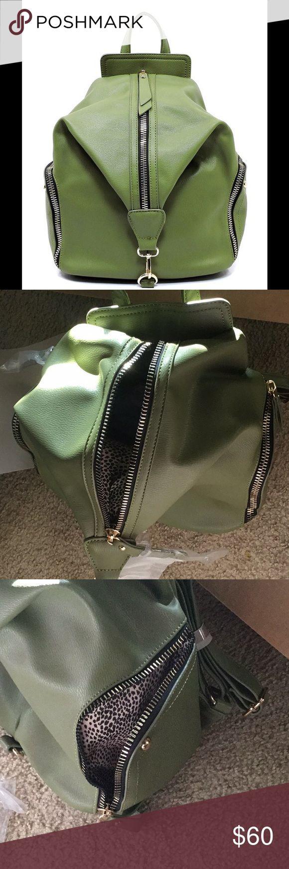 NWT einzigartiger grüner Rucksack NWT einzigartiger grüner Rucksack, Handtasche oder Arbeitstasche. Vegan…