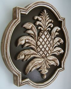 A SOUTHERN STATE OF MIND - Pineapple symbol of hospitality